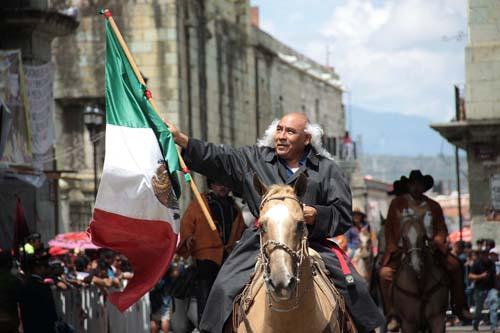 Desfile cívico-militar. Oax.12