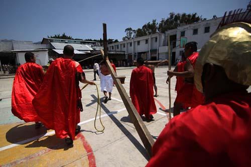 Penal-Ixcotel-Pasión de Cristo.6