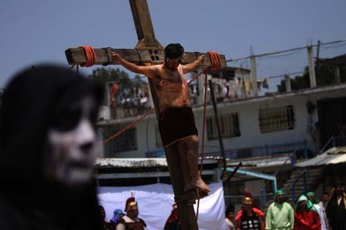 Penal-Ixcotel-Pasión de Cristo.7