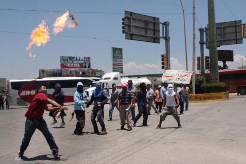 constructores vs policias munpales-5 señores 30 mayo 2012